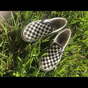 womens checkerboard vans